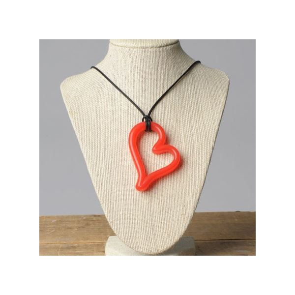 Teethease Heart Pendant Piros